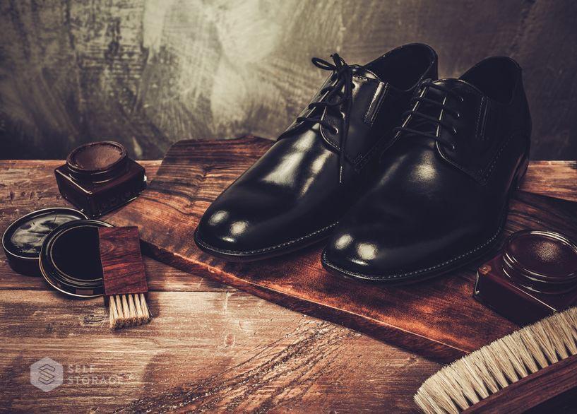 SS-Self-Storage-Saiba-como-limpar-e-conservar-seus-sapatos