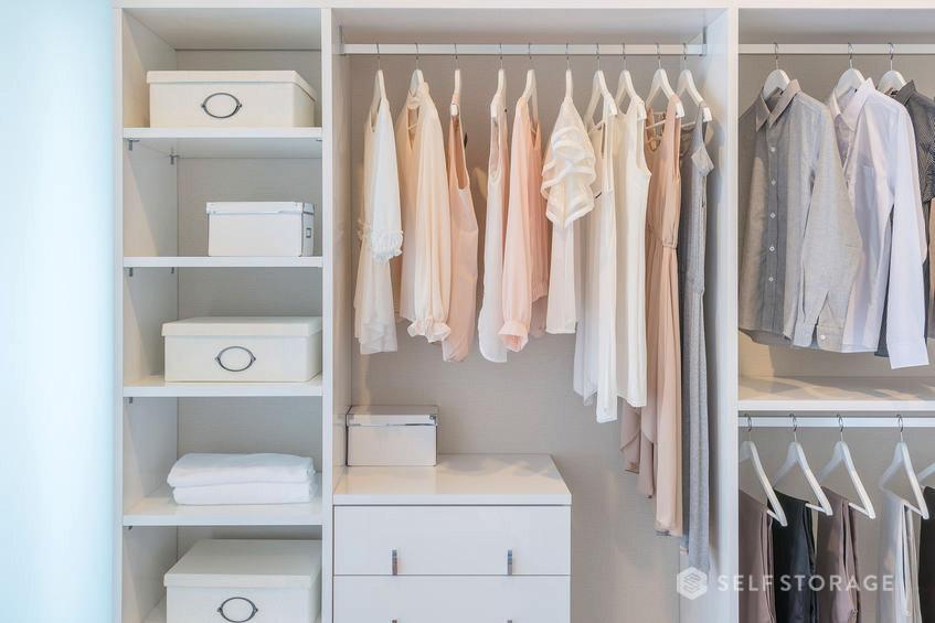 SS Self Storage-Veja dicas de como fazer a arrumacao de seu guarda-roupa